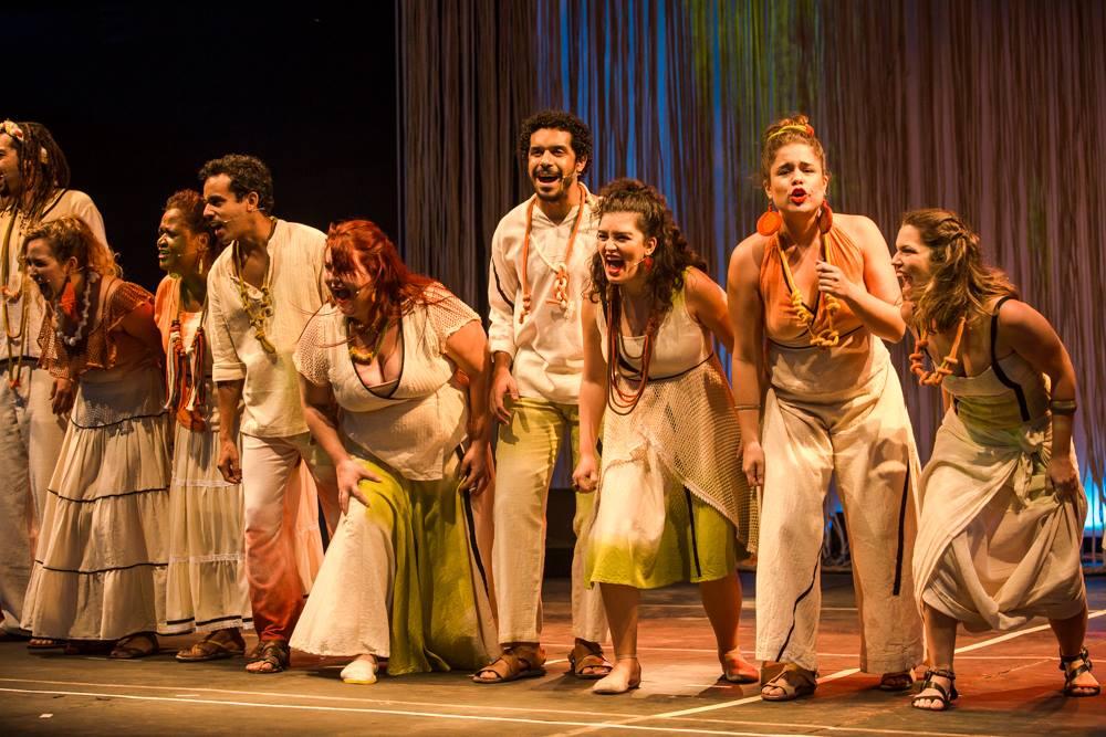 """Dá no Coro apresenta """"As Cores do Brasil"""" no Sesc Nova Iguaçu nesta sexta-feira."""