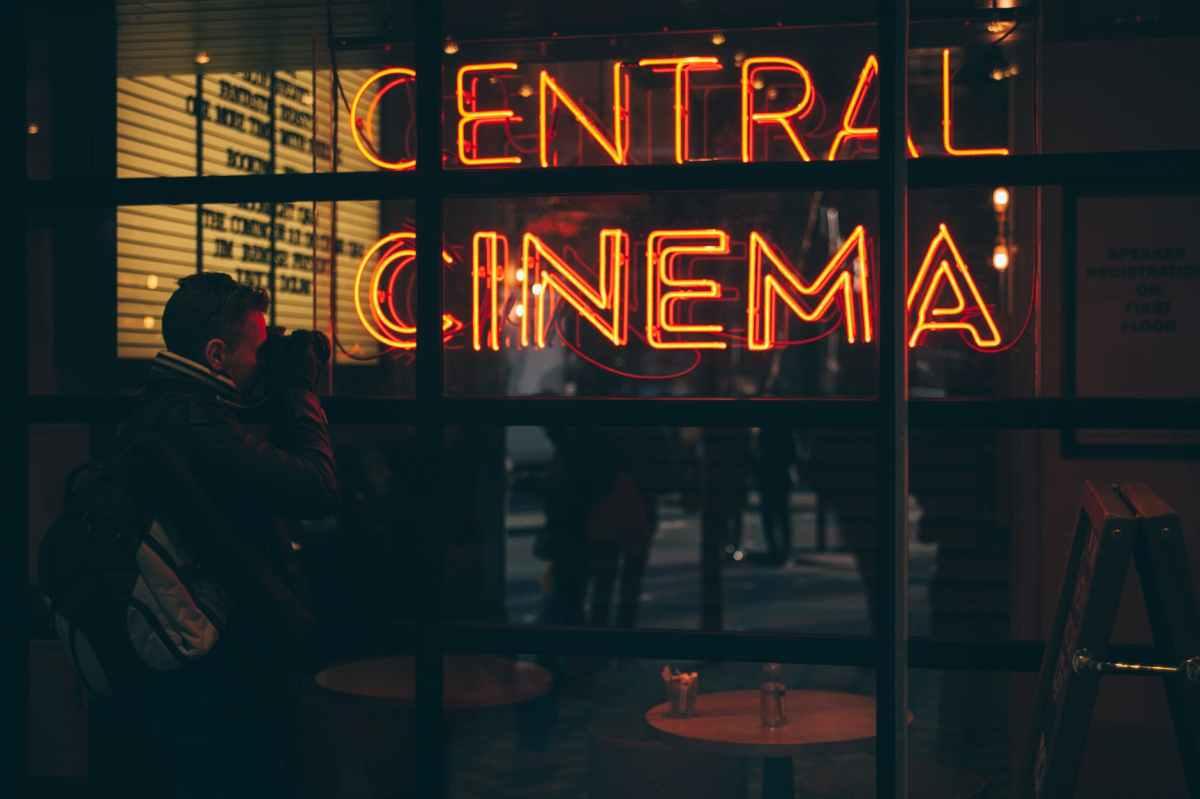 Cinema na Baixada: onde curtir os filmes emcartaz