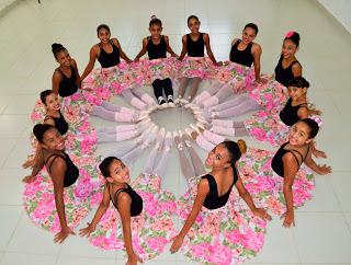 Vila Olímpica de Queimados inclui sapateado e dança contemporânea em sua grade de atividades.